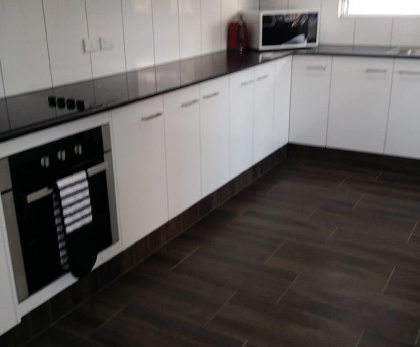 $160, Share-house, 6 bathrooms, Parramatta Park QLD 4870