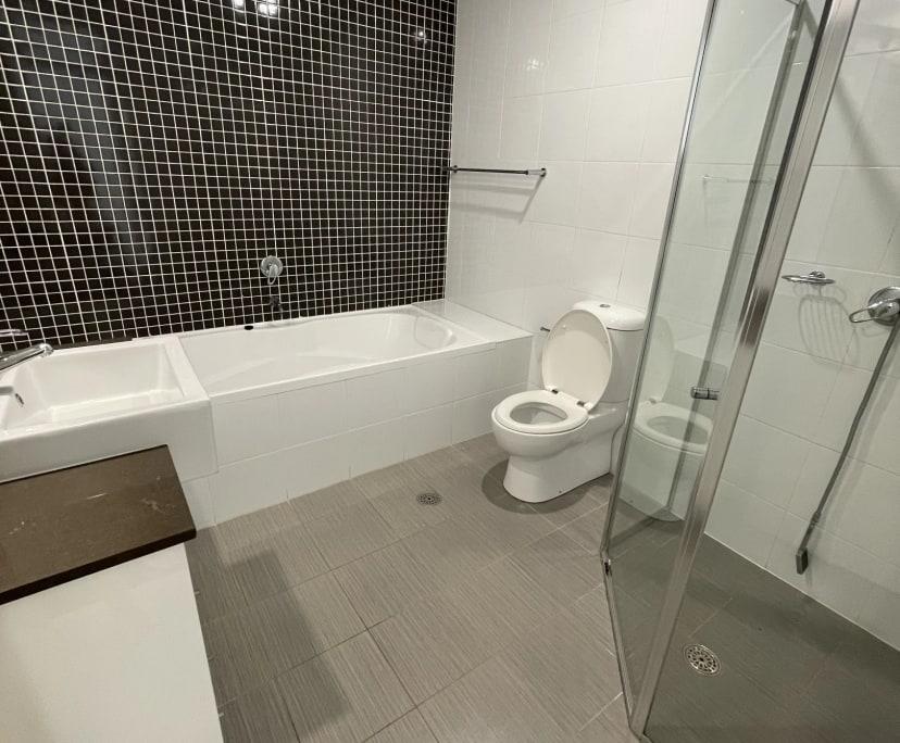 $370, Flatshare, 2 bathrooms, South Dowling Street, Waterloo NSW 2017