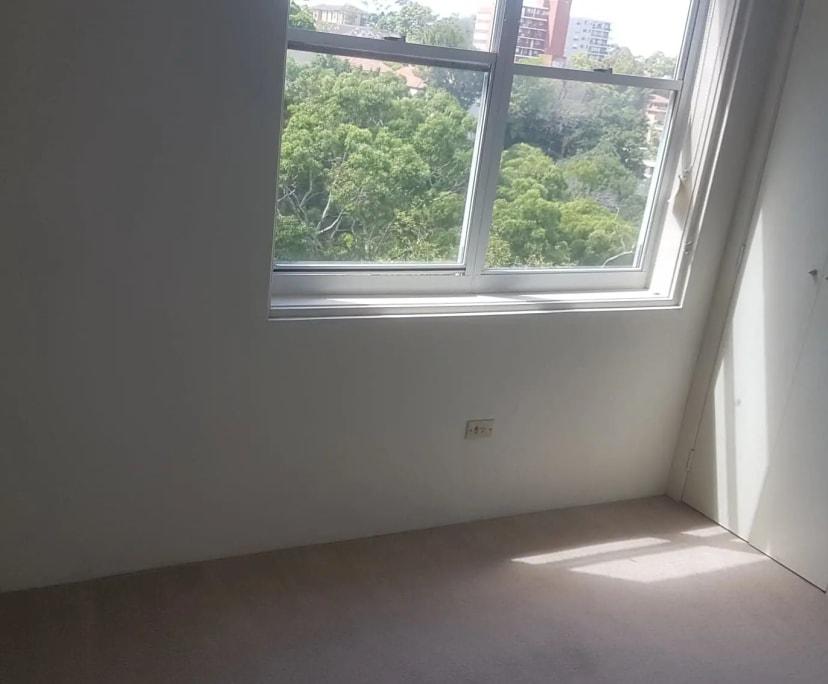 $250, Flatshare, 2 bathrooms, Bent Street, Neutral Bay NSW 2089