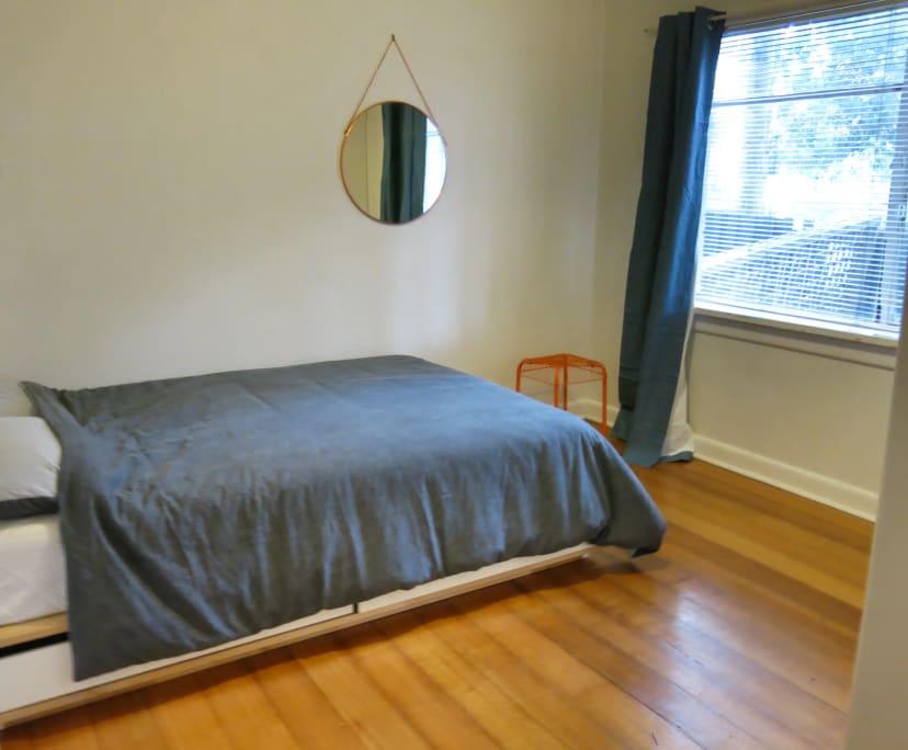 $220, Flatshare, 2 bathrooms, Fitzgerald Street, South Yarra VIC 3141