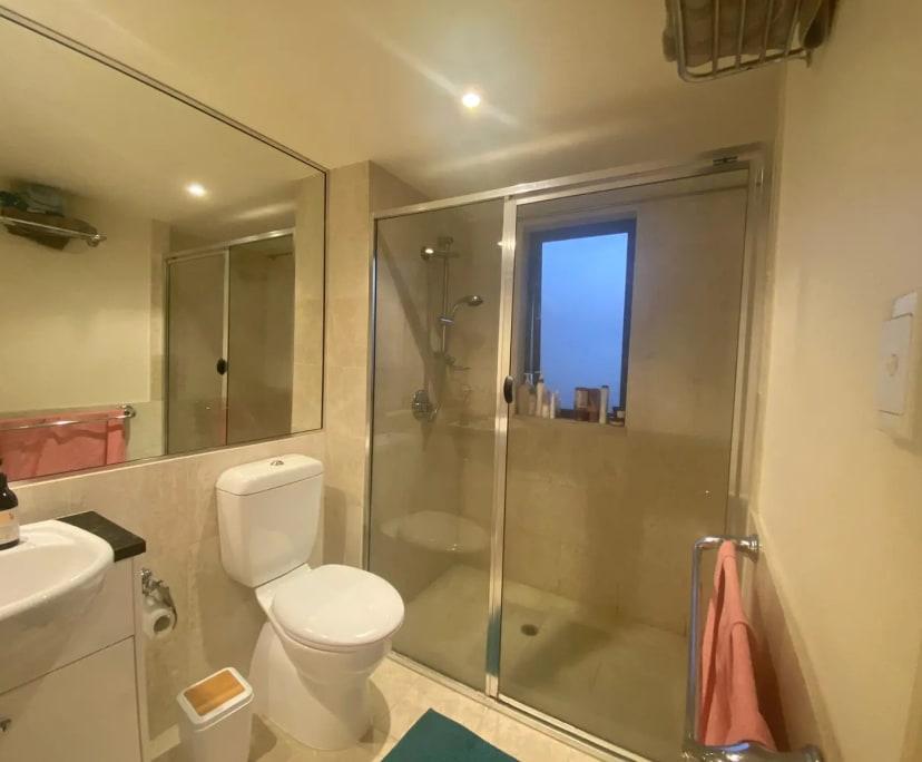$351, Flatshare, 3 bathrooms, Kangaroo Point QLD 4169
