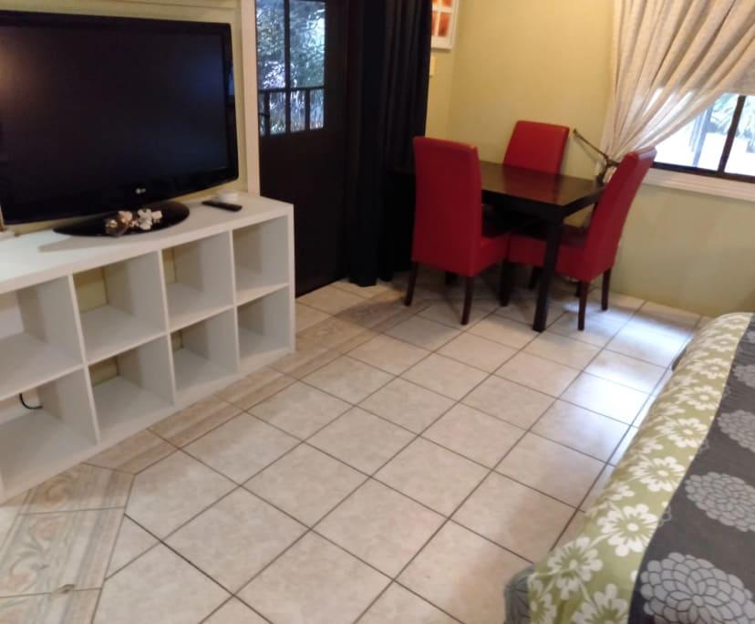 $220-300, Share-house, 2 rooms, Parramatta Park QLD 4870, Parramatta Park QLD 4870