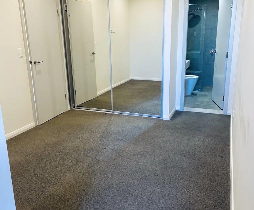 $280, Flatshare, 2 bathrooms, Woniora Road, Hurstville NSW 2220