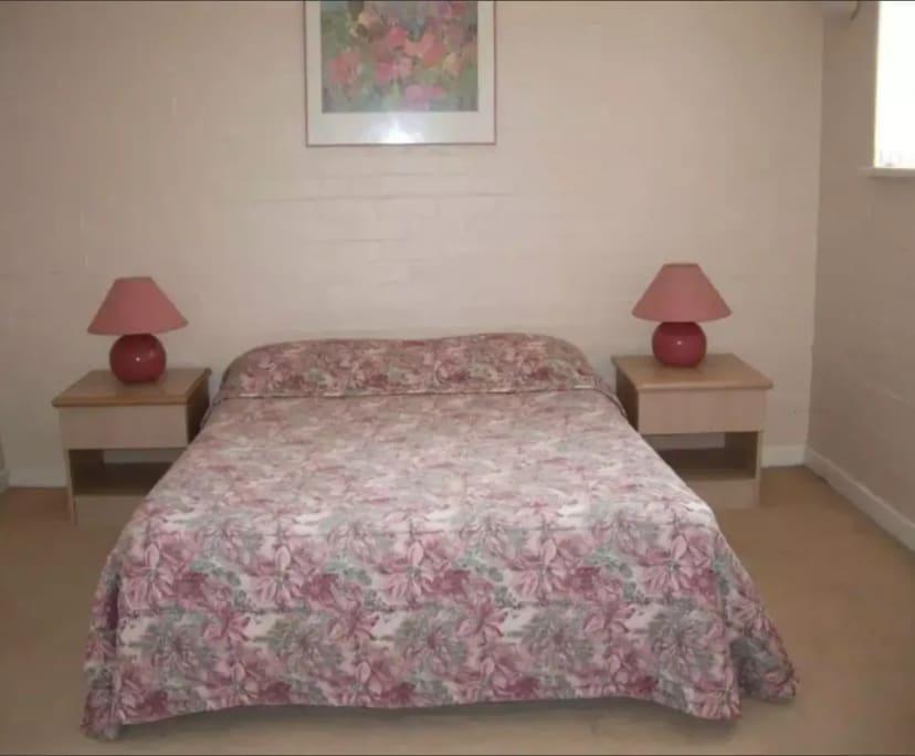 $280, 1-bed, 1 bathroom, Darling Street, South Yarra VIC 3141