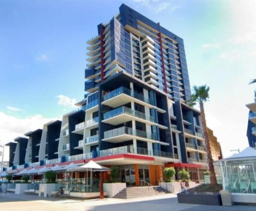 $285, Flatshare, 2 bathrooms, Caravel Lane, Docklands VIC 3008