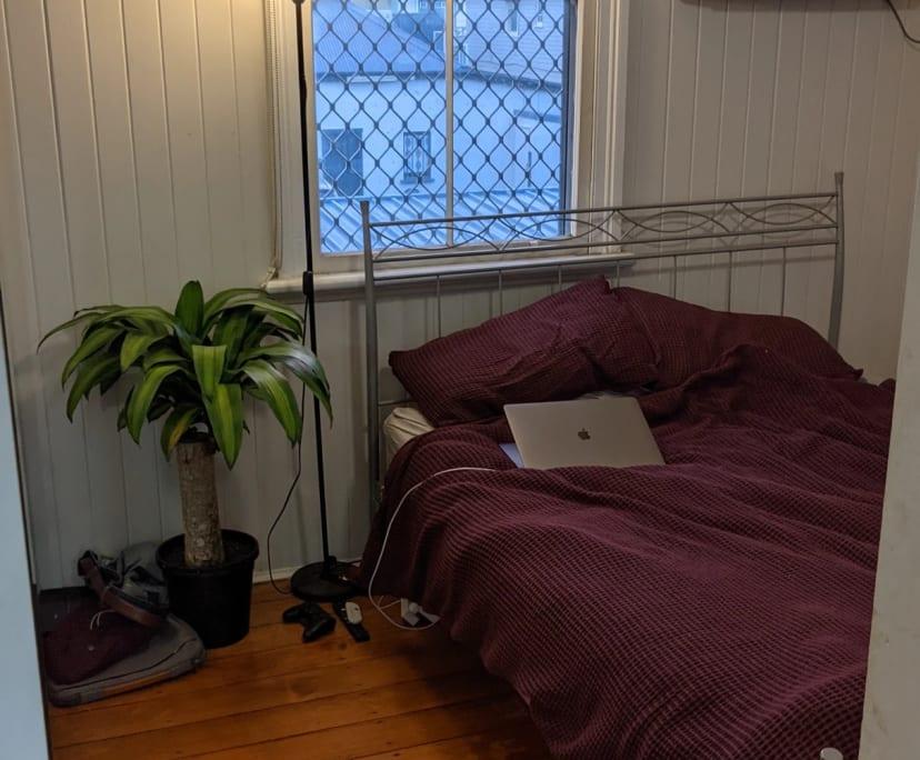 $220, Share-house, 5 bathrooms, Lisburn Street, East Brisbane QLD 4169