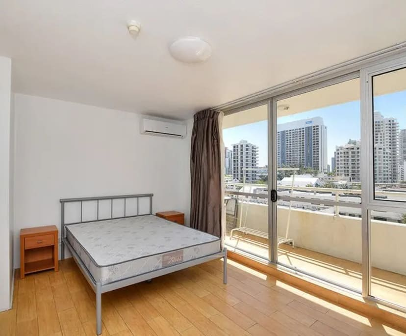 $115-120, Student-accommodation, 2 rooms, Watson Esplanade, Surfers Paradise QLD 4217, Watson Esplanade, Surfers Paradise QLD 4217