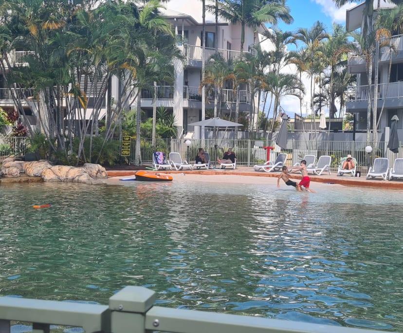 $250, Flatshare, 3 bathrooms, Gold Coast Highway, Mermaid Beach QLD 4218