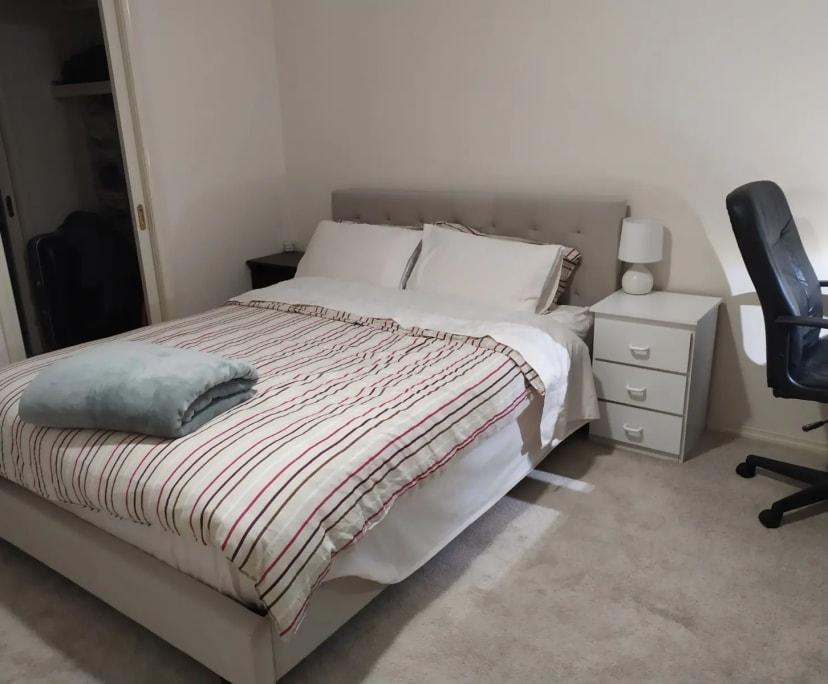 $510, Whole-property, 3 bathrooms, Stott Street, Box Hill South VIC 3128