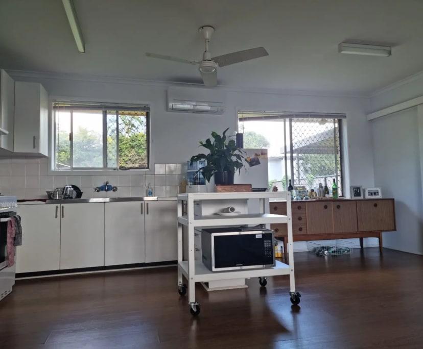 $700, Whole-property, 2 bathrooms, Denawen Street, Palm Beach QLD 4221