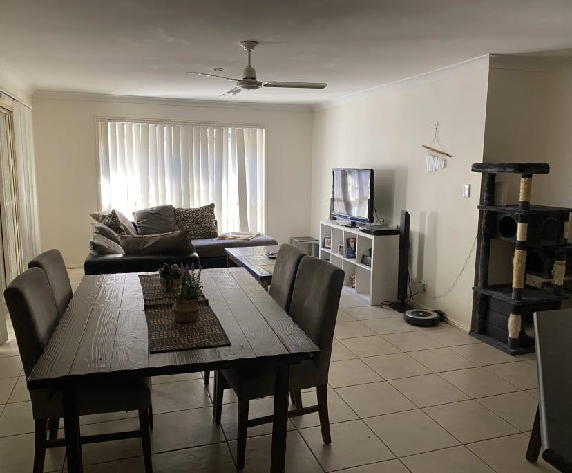 $260, Share-house, 4 bathrooms, Mount Warren Park QLD 4207
