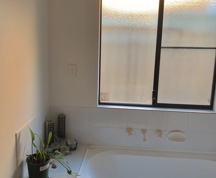 $180, Share-house, 3 bathrooms, Riverton WA 6148