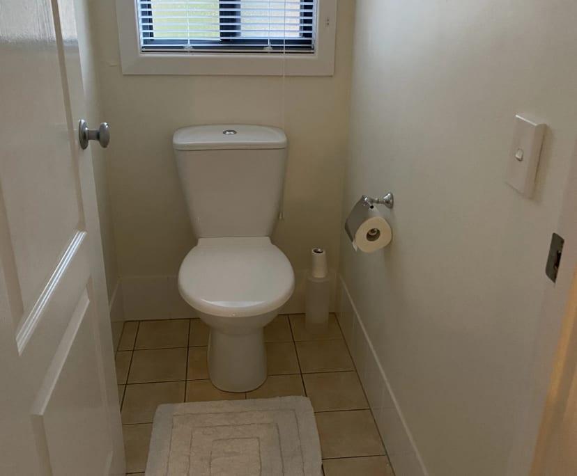 $230, Share-house, 3 bathrooms, Palm Meadows Drive, Carrara QLD 4211