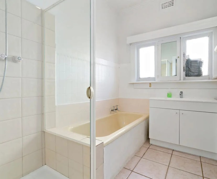 $350, Whole-property, 3 bathrooms, Oakleigh South VIC 3167