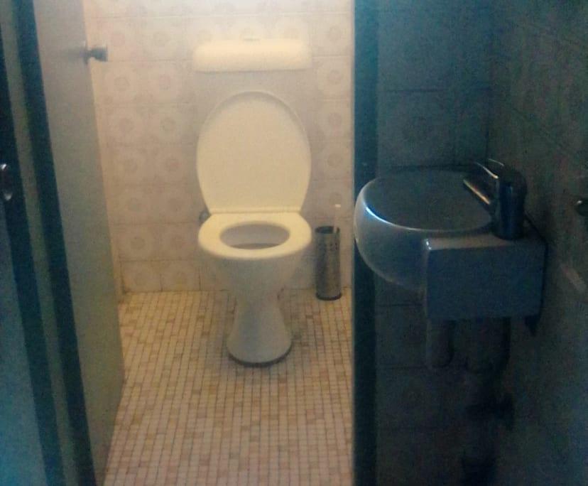 $165, Share-house, 6 bathrooms, Sydenham Road, Marrickville NSW 2204