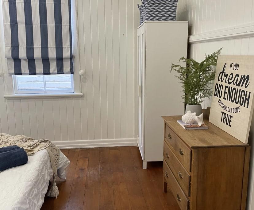 $250, Share-house, 3 bathrooms, East Brisbane QLD 4169