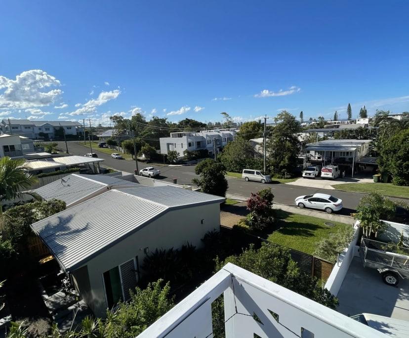 $265, Share-house, 6 bathrooms, Victor Street, Alexandra Headland QLD 4572