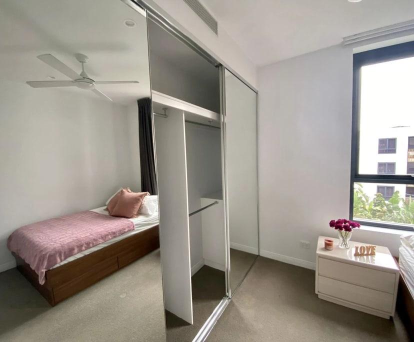 $250, Flatshare, 2 bathrooms, Woolloongabba QLD 4102