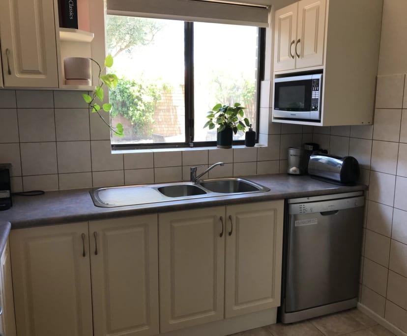 $200, Share-house, 2 bathrooms, Robert Street, Como WA 6152