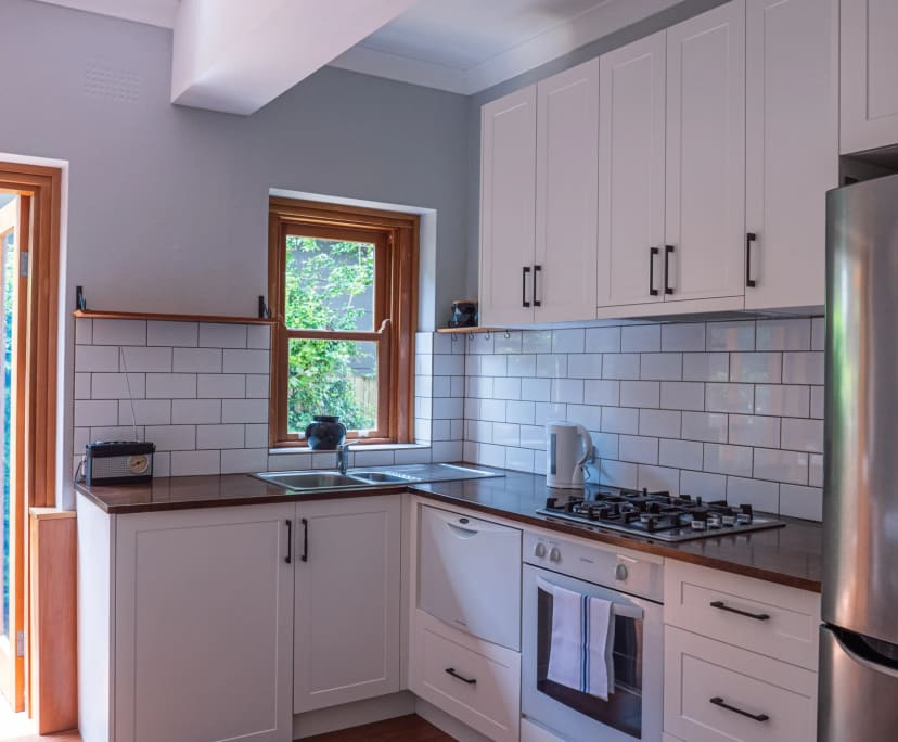 $795, Whole-property, 2 bathrooms, Yeo Street, Neutral Bay NSW 2089