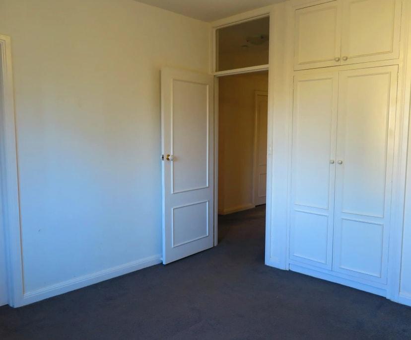 $330, Flatshare, 3 bathrooms, Toorak VIC 3142