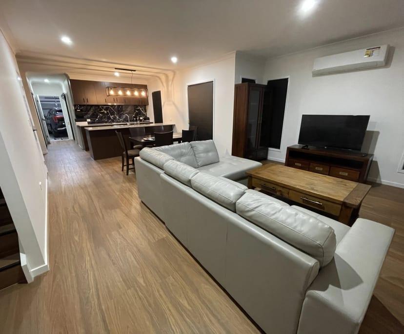 $200-350, Student-accommodation, 3 rooms, Mango Hill QLD 4509, Mango Hill QLD 4509