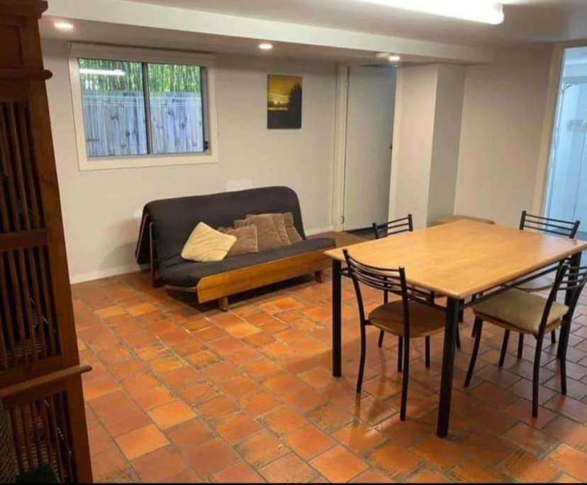 $175, Flatshare, 2 bathrooms, Mowbray Terrace, East Brisbane QLD 4169