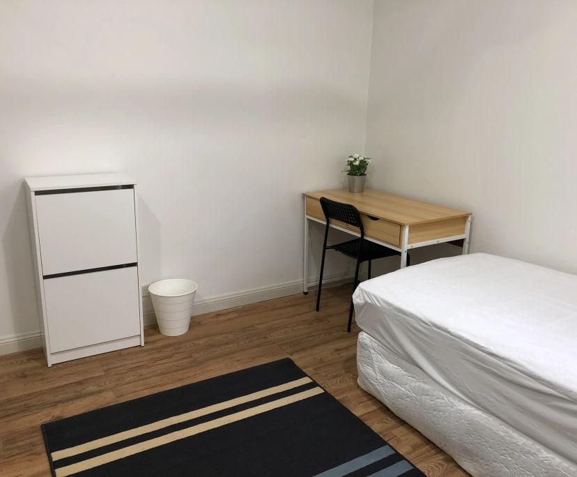 $240, Flatshare, 3 bathrooms, Saint Johns Road, Glebe NSW 2037