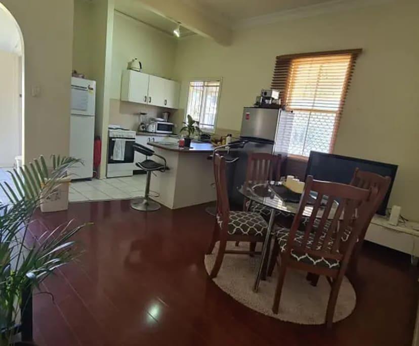 $160, Share-house, 3 bathrooms, Woolloongabba QLD 4102