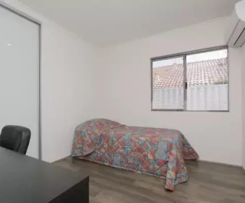 $230, Share-house, 4 bathrooms, Holder Street, Saint James WA 6102