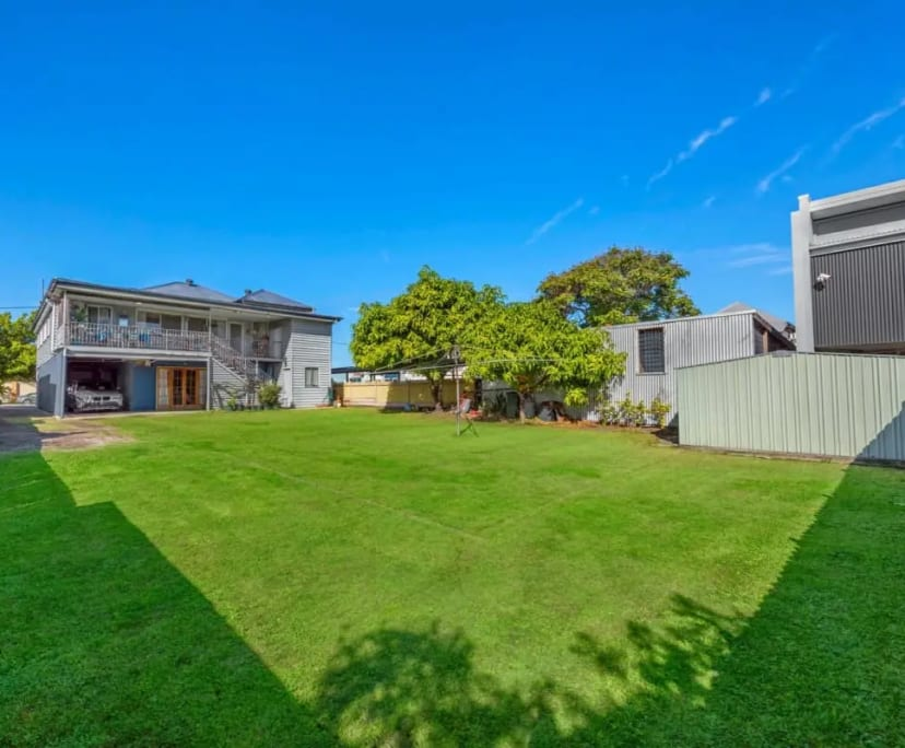 $215, Share-house, 3 bathrooms, Lisburn Street, East Brisbane QLD 4169