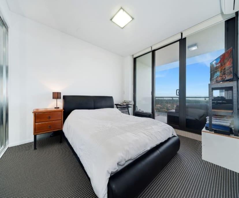 $330, Flatshare, 2 bathrooms, Gadigal Avenue, Moore Park NSW 2021
