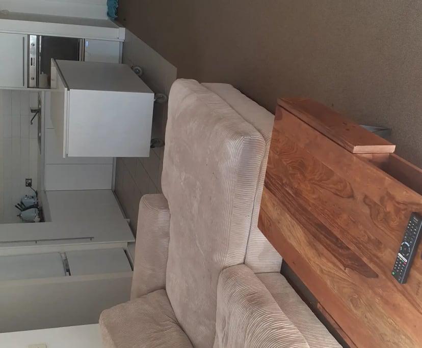 $275, Flatshare, 2 bathrooms, Chapel Street, South Yarra VIC 3141