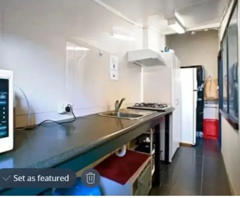 $200, Share-house, 6 bathrooms, Flinders Street, Darlinghurst NSW 2010