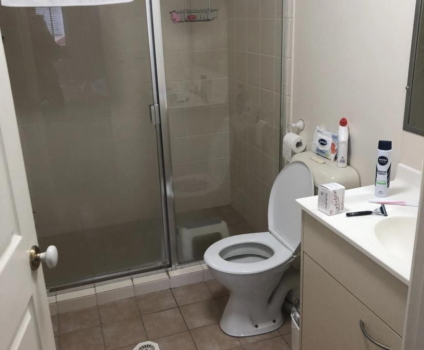 $200, Flatshare, 2 bathrooms, Kedron QLD 4031
