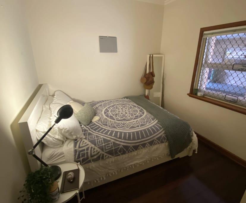 $160, Flatshare, 2 bathrooms, Kintail Road, Applecross WA 6153