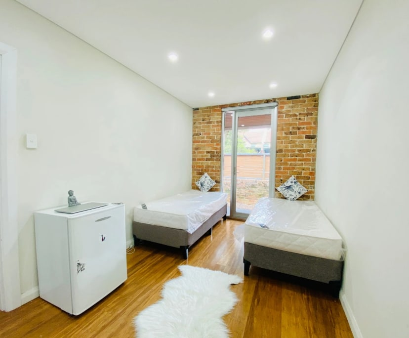 $300, Share-house, 5 bathrooms, Enmore NSW 2042