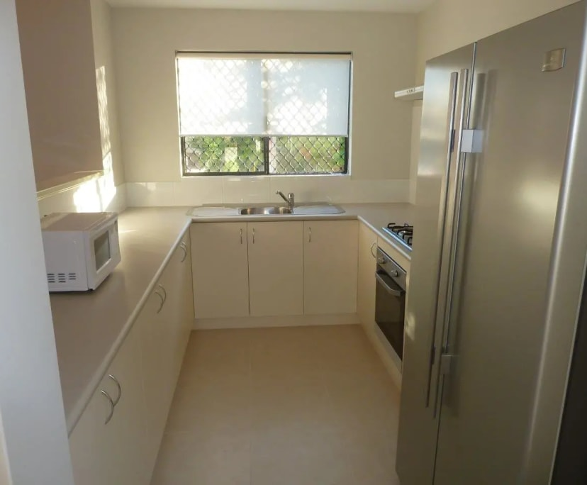 $130-155, Student-accommodation, 2 rooms, Earl Street, Bentley WA 6102, Earl Street, Bentley WA 6102