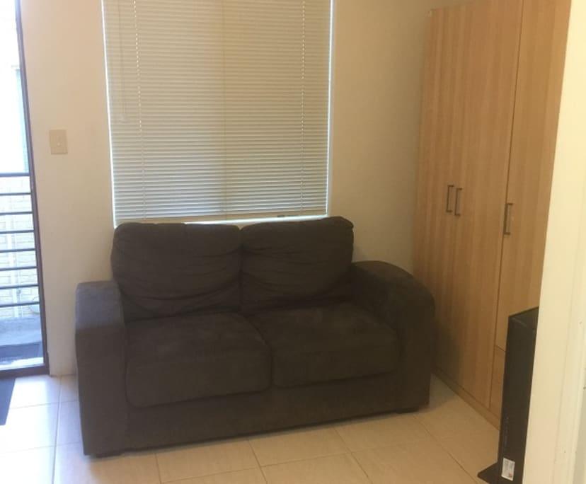 $280, Studio, 1 bathroom, Lakeside Drive, Joondalup WA 6027
