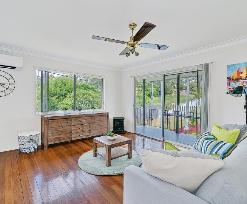 $170, Share-house, 5 bathrooms, Bimbadeen Drive, Loganholme QLD 4129