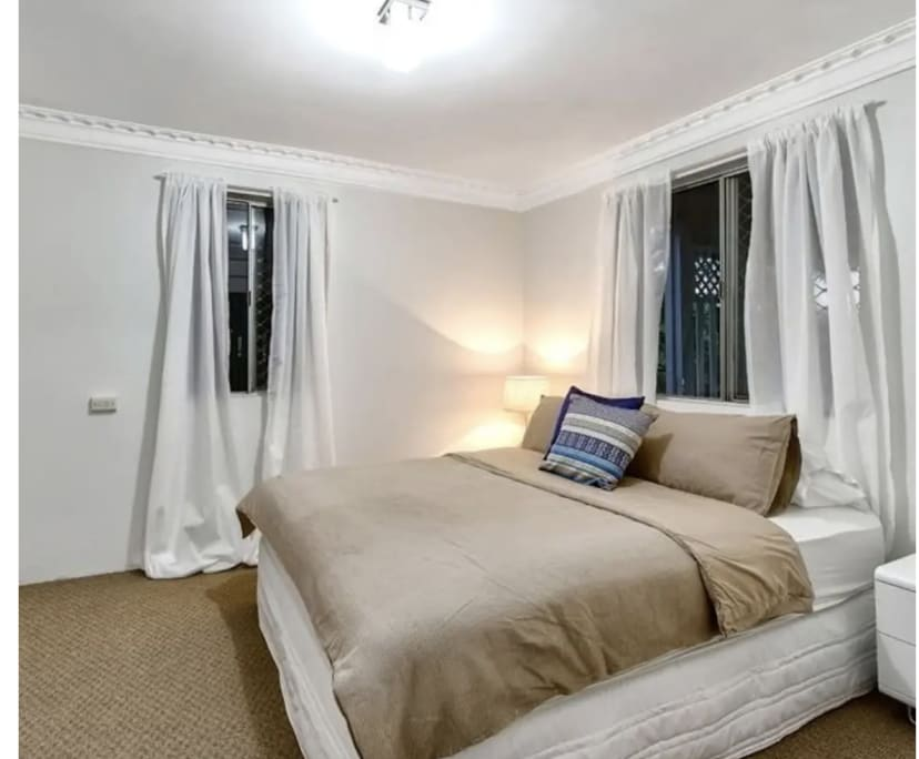 $190, Share-house, 3 bathrooms, Woolloongabba QLD 4102