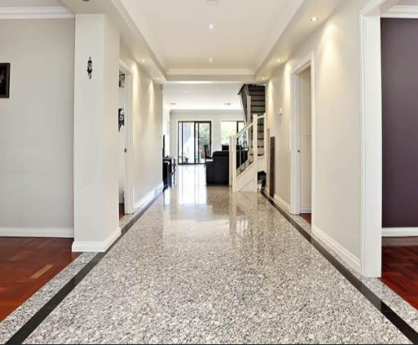 $250, Share-house, 3 bathrooms, Glenroy VIC 3046