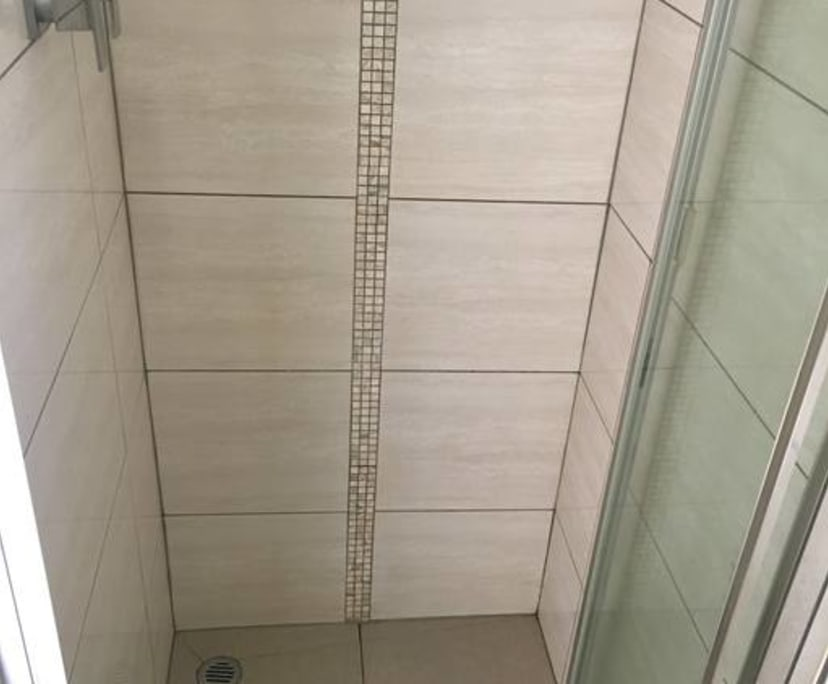$295, 1-bed, 1 bathroom, St Kilda VIC 3182