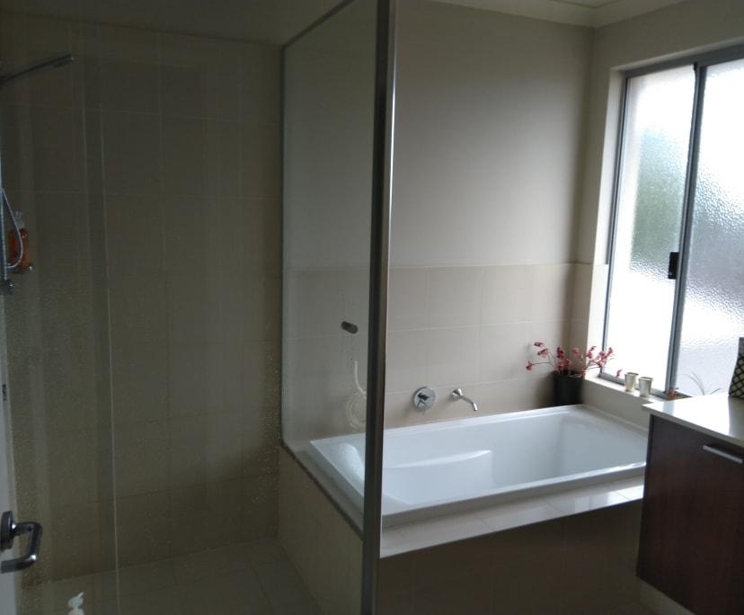 $200, Homestay, 1 bathroom, Peterborough Circle, North Lake WA 6163