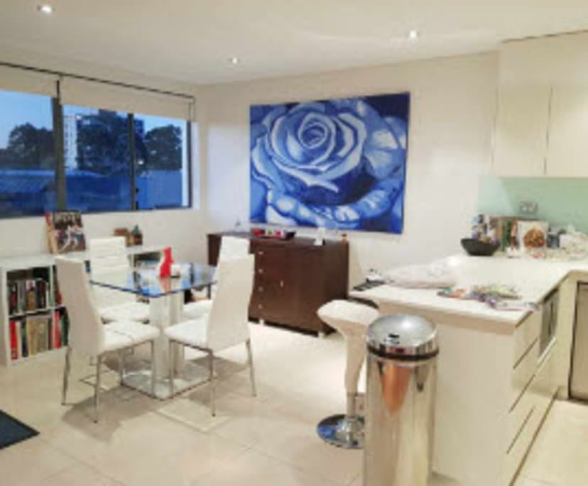 $350, Flatshare, 3 bathrooms, Chandos Street, Crows Nest NSW 2065