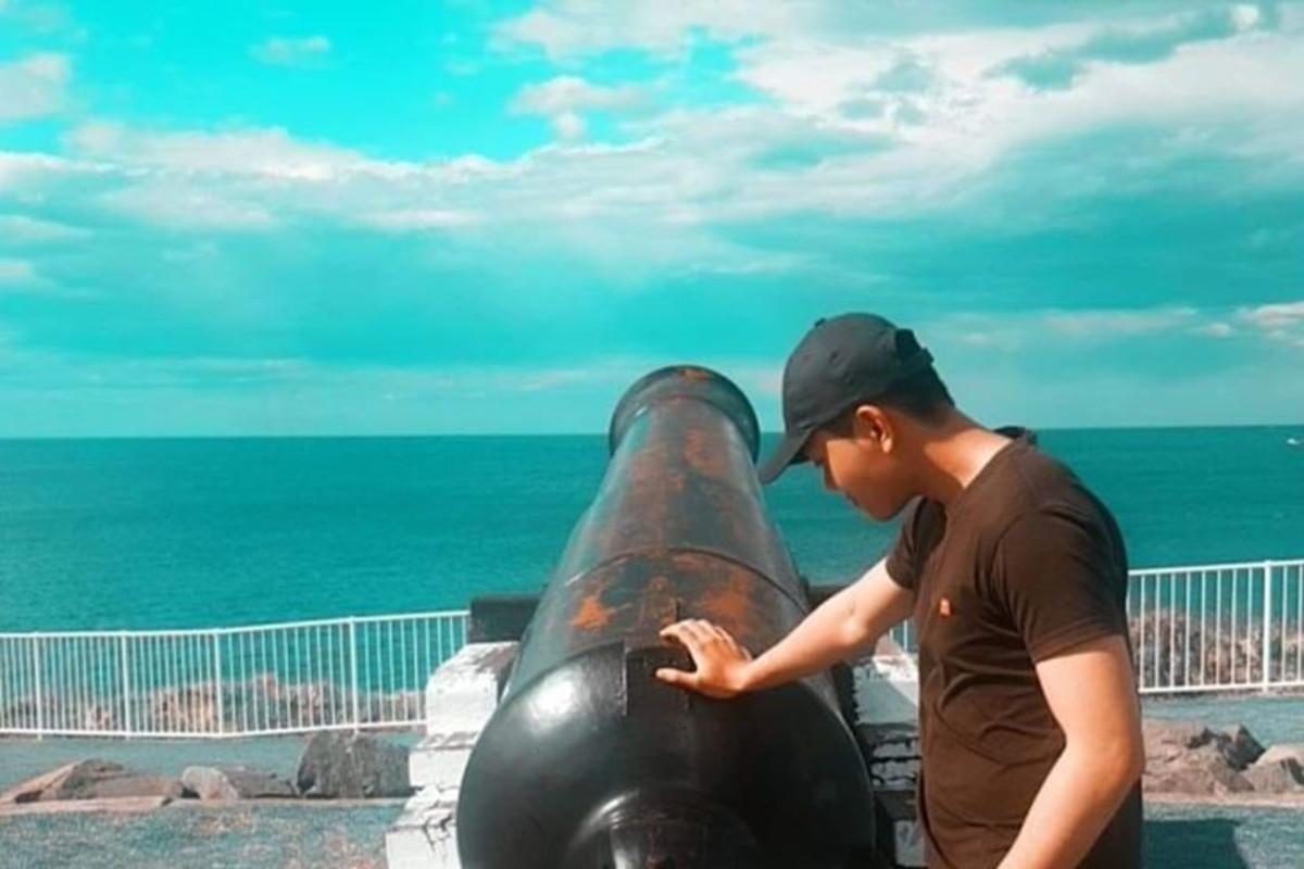 Tuan Anh Nguyen (25), $180,