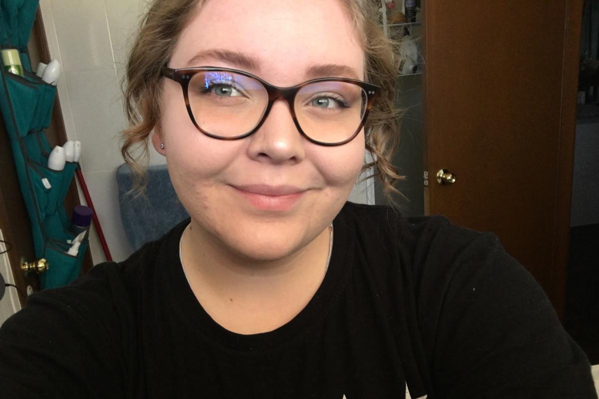 Gemma (18), $250, Non-smoker, No pets, and No children