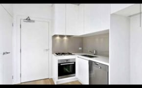 Unfurnished room in a flatshare