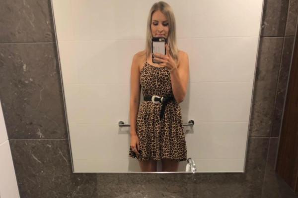 Rebekah (26), $215, LGBT+, Non-smoker, No pets, and No children