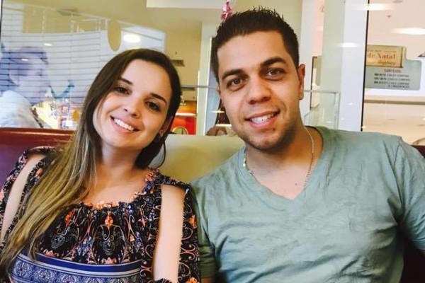 Valéria (29) and Thiago (30), $450,